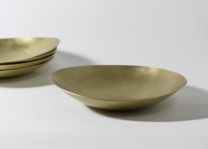 HAMMERED LOW  BOWL. BRASS